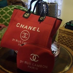 VIP TOTE N POUCH  GIFT FROM CHANEL